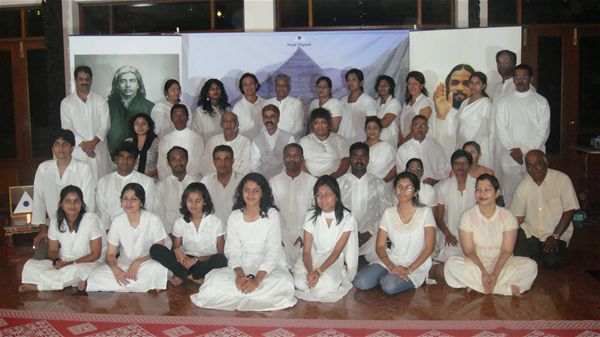 4 Group Photo with all the Participant and Disciples
