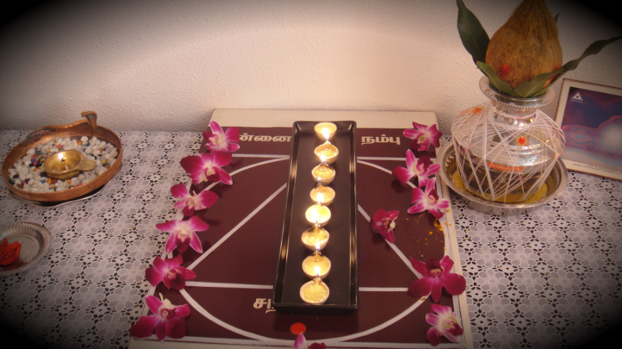 6 Astha Deepam Lights