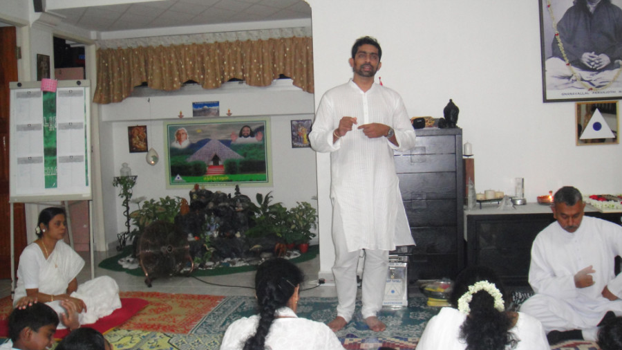 16 Mei Ganaselvar Kalidas Sharing his Experience and Value of Meditation