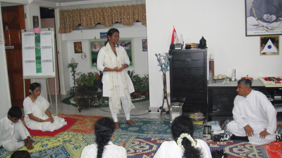 22 Mei Ganaselvi Kavitha Senthil Sharing her Experience and Value of Meditation