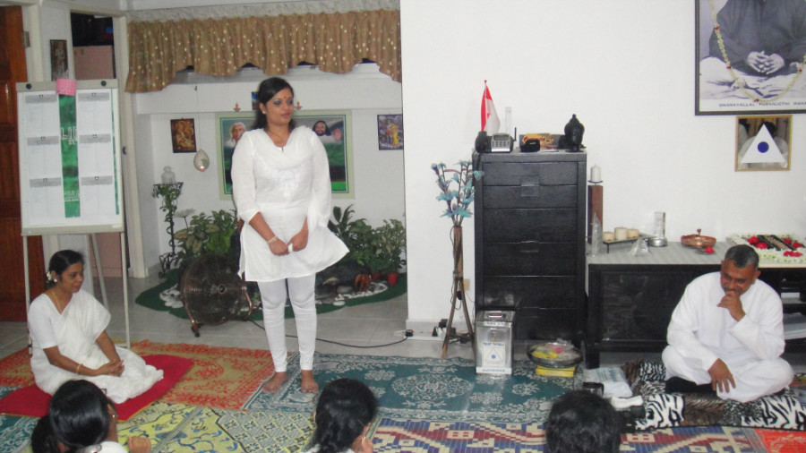 24 Mei Ganaselvi Shamini Kalidas Sharing her Experience and Value of Meditation
