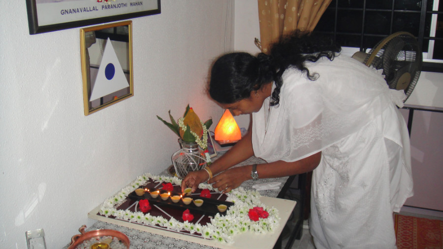 4 Light Up Astha Deepam by Mei Ganaselvi Jothipriya Senthil Kumar