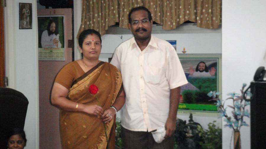 8 Divine Couples Manikandan & Meena