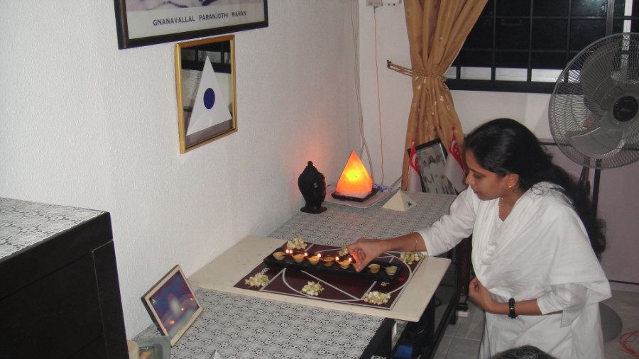 2 Light Up Astha Deepam